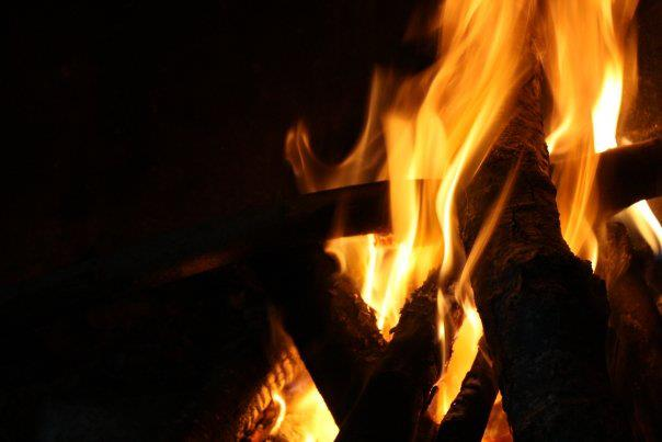 fuoco-cammino-monti-lattari