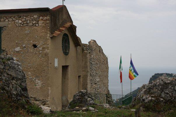 san-nicola-cammino-monti-lattari-chiesa-e-monastero