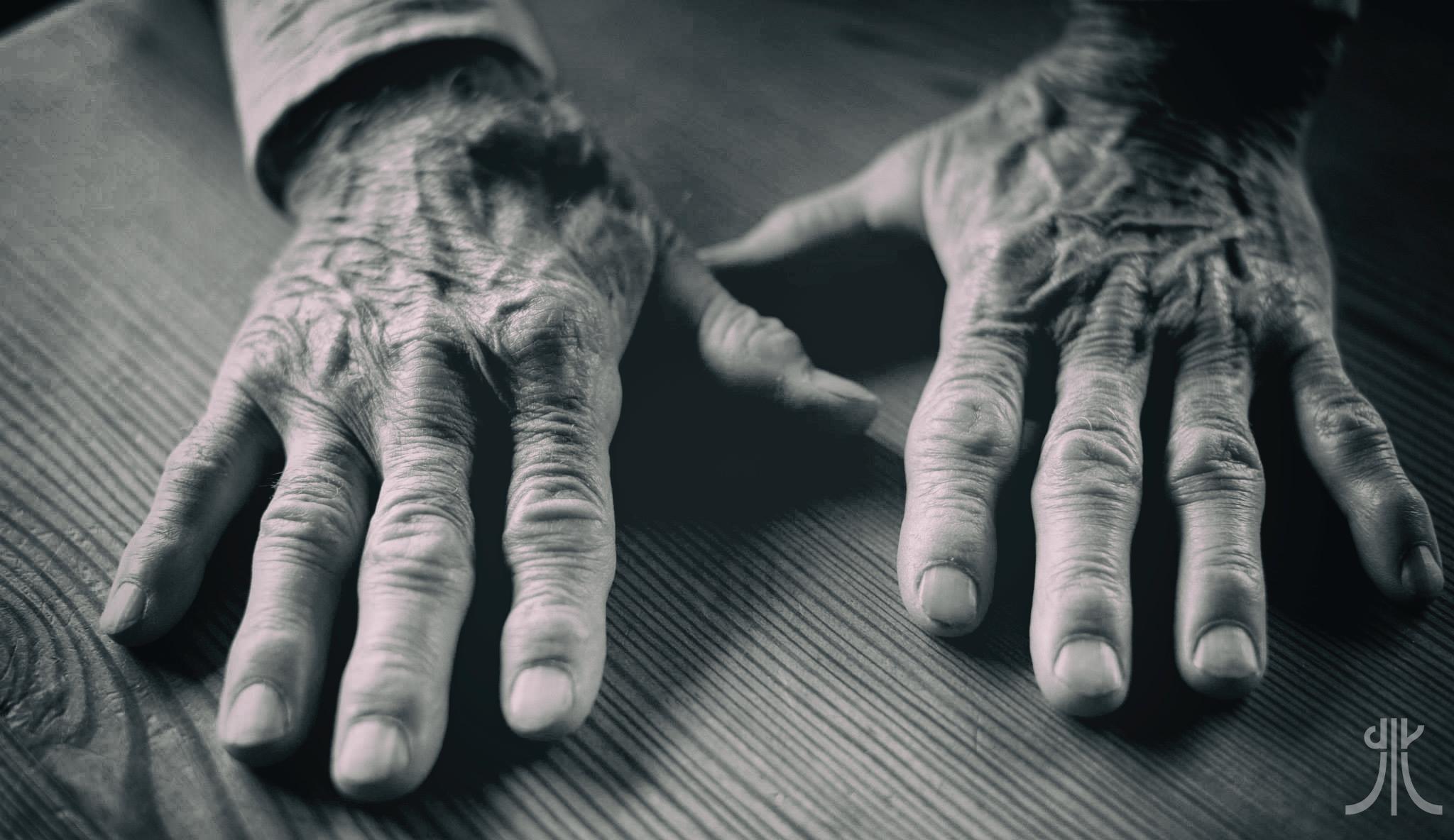 mani walter bonatti