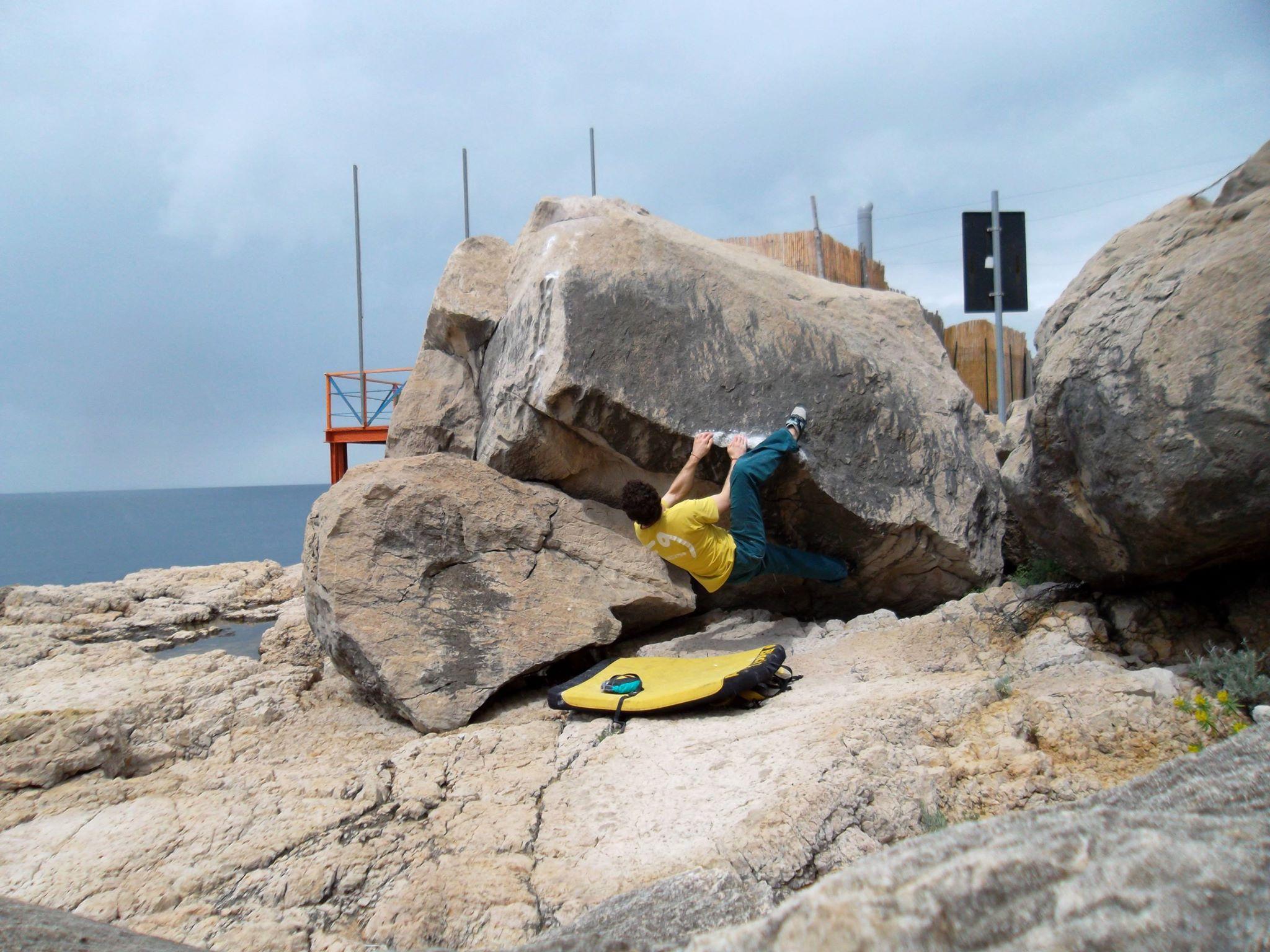topos-bouldering-sorrento-la-solara-blocco-3